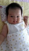 4-6个月的宝宝广州代孕如何添加辅食